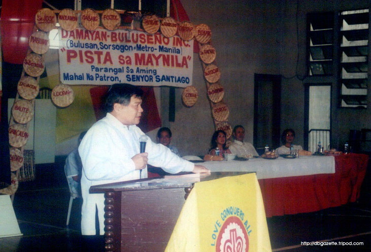 Former DILG Sec. Joey Lina speaking before a crowd of attentive Buluseños in the recent Pista sa Maynila celebration